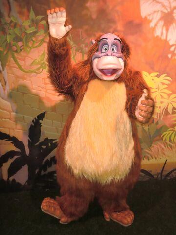 File:DisneyLouieParks.jpg