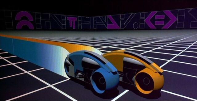 File:Lightcycles in Tron.jpeg