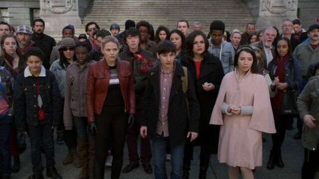 File:Once Upon a Time - 5x23 - An Untold Story - Heroes See Return.jpg