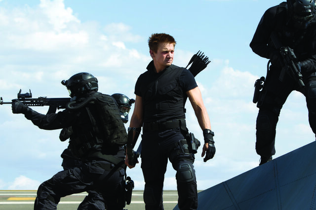 File:HawkeyeonHelecarrier-The Avengers.jpg
