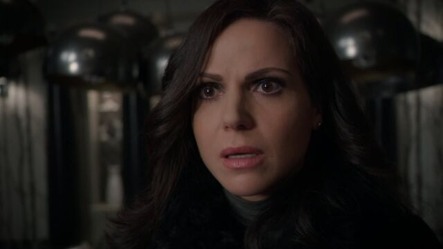 File:Once Upon a Time - 5x21 - Last Rites - Regina Reaction.jpg