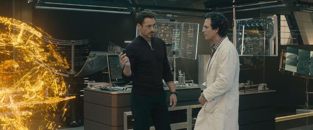 File:Avengers Age of Ultron -2-.jpg