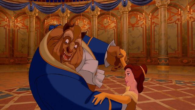 File:Beauty-and-the-beast-disneyscreencaps.com-7387.jpg