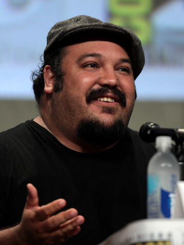 File:Jorge Gutierrez (animator), 2014 Comic-Con.jpg