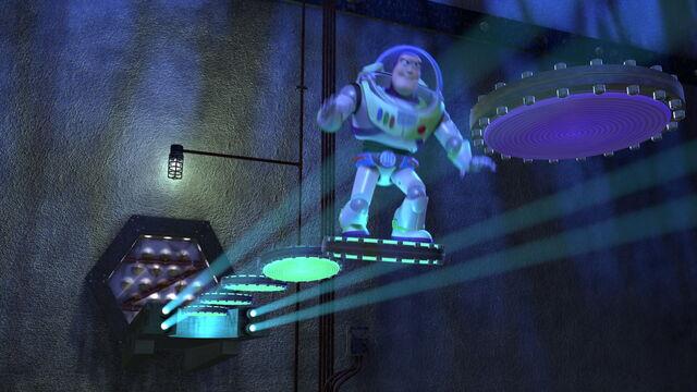 File:Toy-story2-disneyscreencaps.com-303.jpg