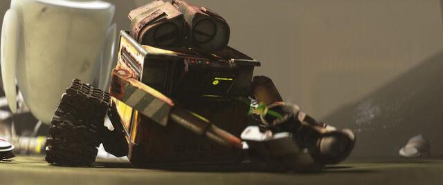 File:WALL-E-749.jpg