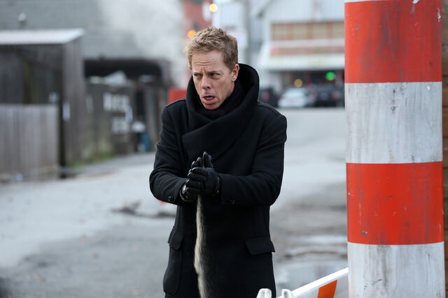 File:Once Upon a Time - 5x17 - Her Handsome Hero - Publicity Images - Hades.jpg