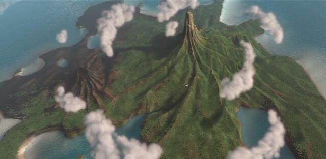 File:Nomanisan Island 2.jpg