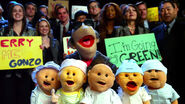 TheMuppets-(2011)-Finale-BobbyBenson&Babies
