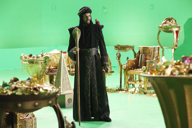 File:Once Upon a Time - 6x05 - Street Rats - Production Images - Jafar 3.jpg
