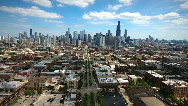 File:Raven's Home - 1x01 - Baxter's Back! - Chicago.jpg