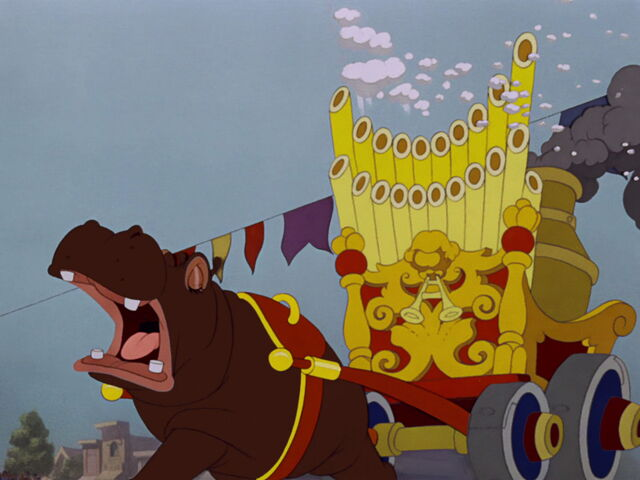 File:Dumbo-disneyscreencaps.com-1741.jpg