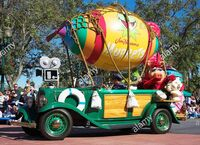 Disney Stars and Motorcars Parade muppets