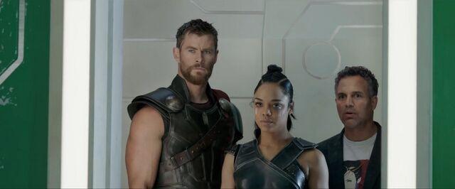 File:Thor Ragnarok 63.jpg