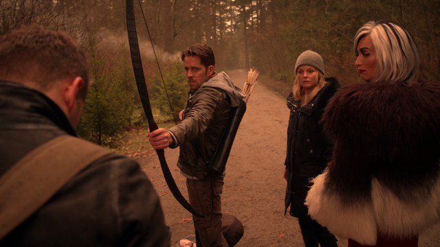File:Once Upon a Time - 5x19 - Sisters - Robin's Shot.png