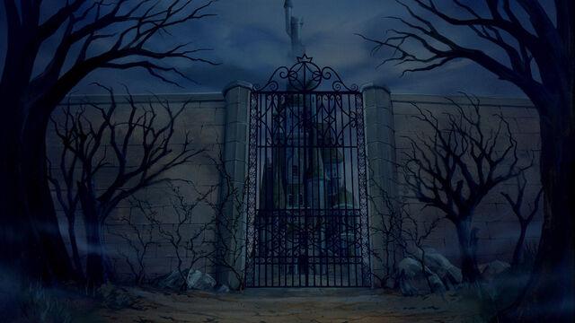 File:Beast's Castle 6.jpg