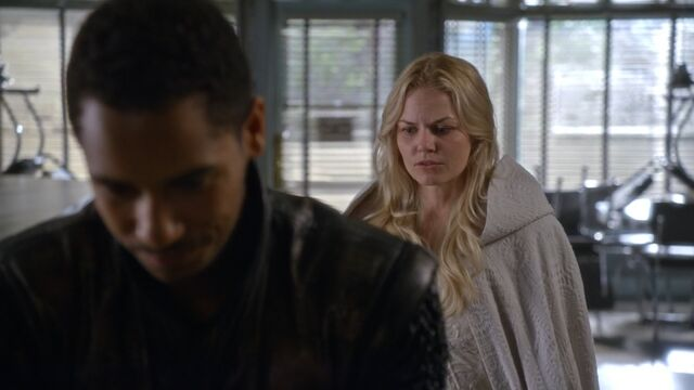 File:Once Upon a Time - 5x06 - The Bear and the Bow - Emma and Merlin.jpg
