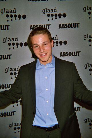 File:Shawn Pyfrom at 2007 GLAAD Awards.jpg