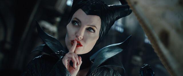 File:Maleficent Screenshots.jpg