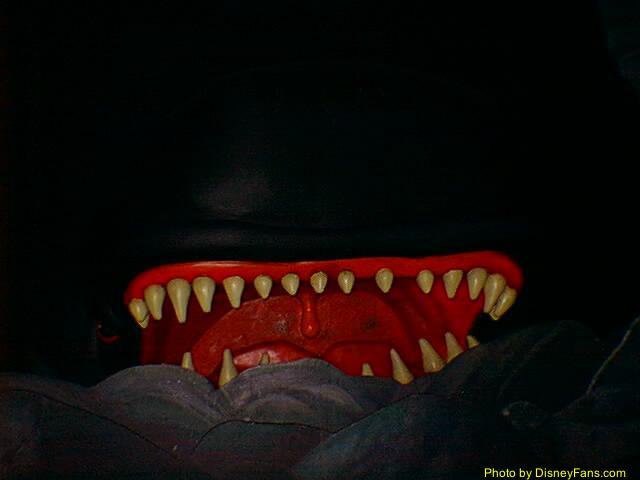 File:Monstrodarkride.jpg