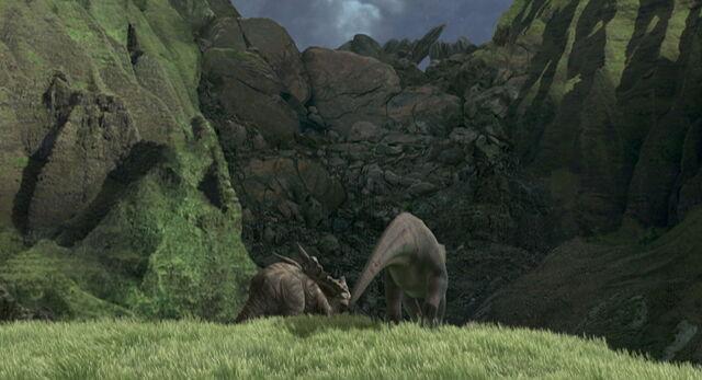 File:Dinosaur-disneyscreencaps.com-7454.jpg