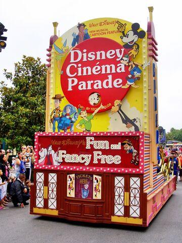 File:Disney Cinema Parade.jpg
