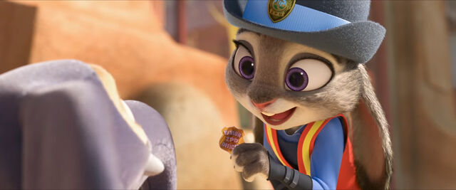 File:Zootopia Judy with Finnick.jpg