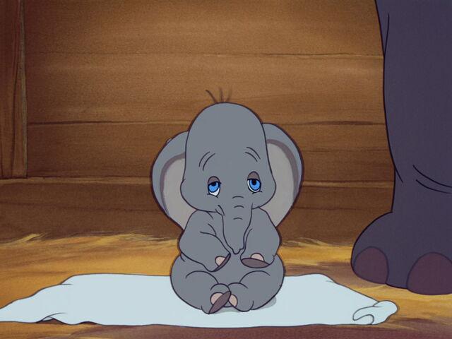 File:Dumbo-disneyscreencaps.com-1004.jpg