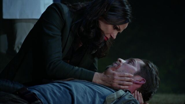 File:Once Upon a Time - 5x02 - The Price - Regina and Robin.jpg