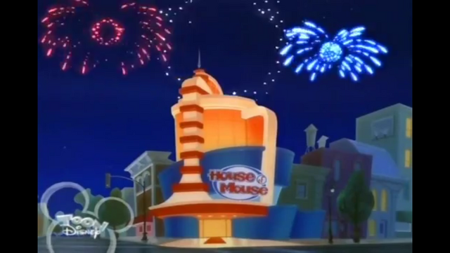 File:Fireworks outside of House of Mouse.PNG