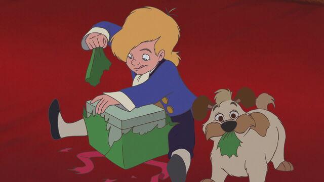 File:Beauty-beast-christmas-disneyscreencaps.com-162.jpg