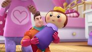 Doc-McStuffins-Season-2-Episode-2-Awesome-Guy-s-Awesome-Arm--Lamb-in-a-Jam