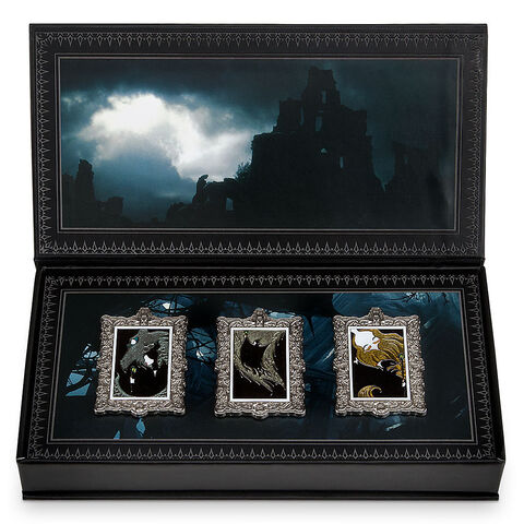 File:Maleficent Limited Pins Set.jpg