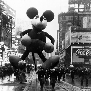 File:OldMICKEYballoon.jpg