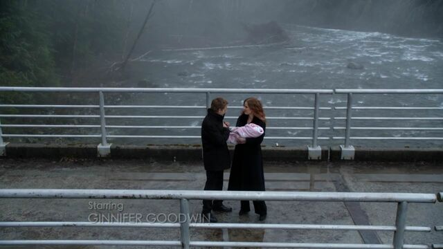 File:Once Upon a Time - 5x21 - Last Rites - Hades and Zelena.jpg