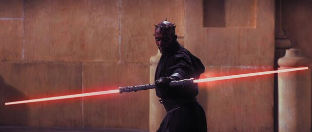 File:The-phantom-menace-darth-maul-double-bladed-lightsaber-1920x816.jpg