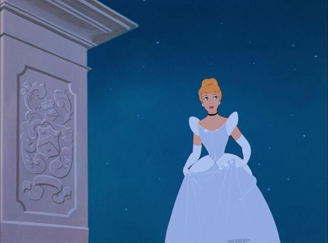 File:Cinderella-disneyscreencaps.com-5720.jpg
