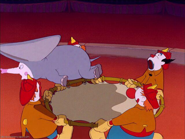File:Dumbo-disneyscreencaps com-6814.jpg