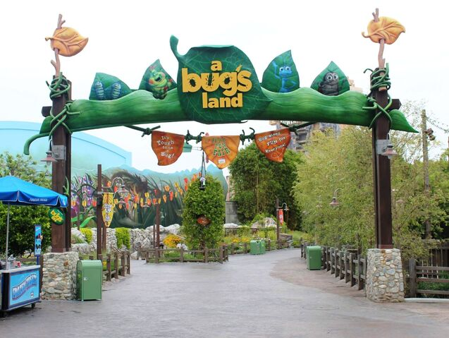 File:A Bug's Land at Disney California Adventure.jpg