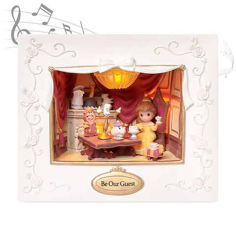File:Belle Deluxe Lighted Music Box by Precious Moments.jpg