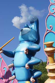 File:Disneyland paris caterpillar.jpg