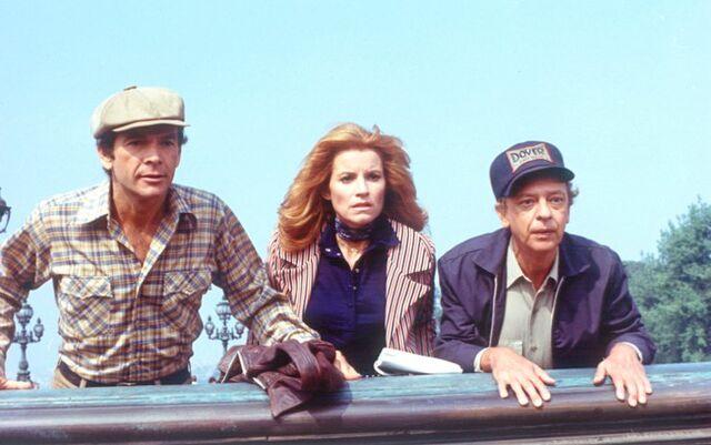 File:Jim, Diane and Wheely.jpg