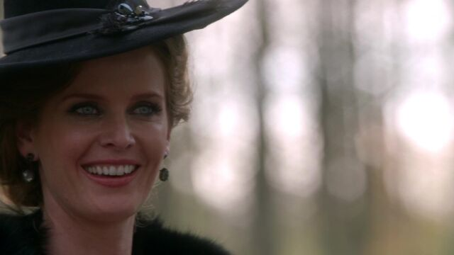 File:Once Upon a Time - 5x08 - Birth - Zelena Smiling.jpg