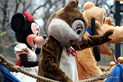 File:Macys-Thanksgiving-Day-Parade-Minnie-Disney.jpg