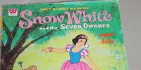 Snow White and the Seven Dwarfs Paper Dolls