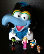 Bluebird toys uk polly pocket muppet treasure island pirate gonzo head toy set 1