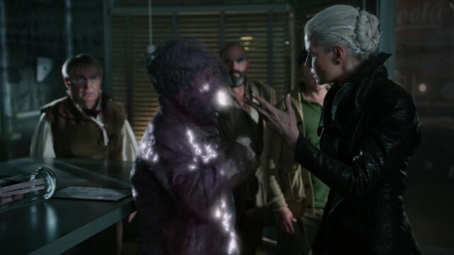 File:Once Upon a Time - 5x01 - The Dark Swan - Sneezy becomes Stone.jpg