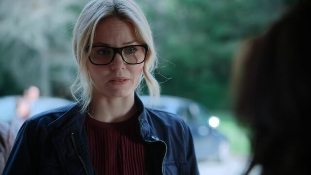 File:Once Upon a Time - 5x20 - Firebird - Young Emma.jpg