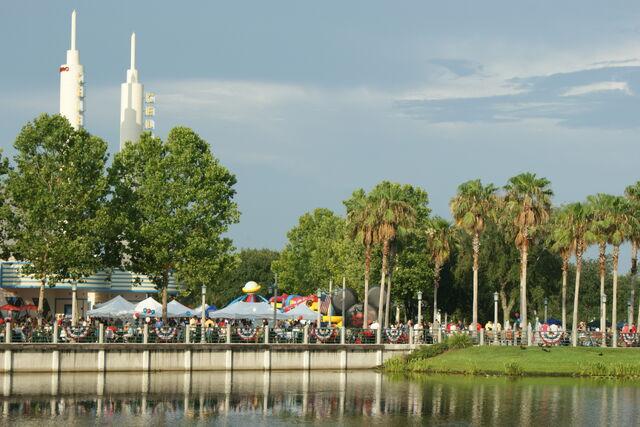 File:Celebration, Florida.jpg
