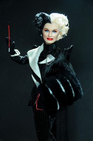 File:Cruella De Vil doll 3.jpg